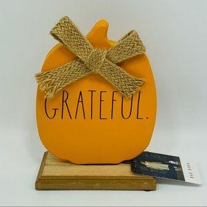 NWT Rae Dunn GRATEFUL Metal Pumpkin w/ Wood Stand